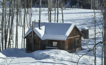 how to build an off grid cabin