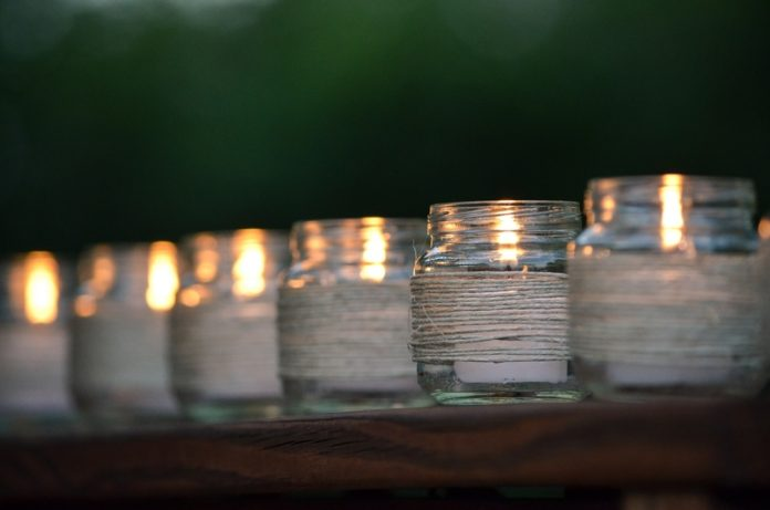 Make your own 50 hrs. off-grid survival candles